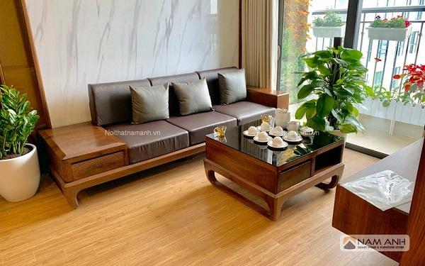 Chọn sofa gỗ óc chó cho phòng khách nhỏ hẹp